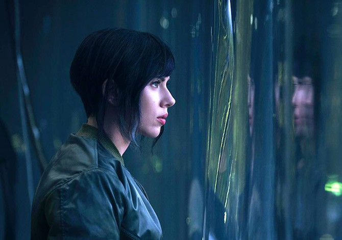 scarlett johansonn ghost in the shell kodansha