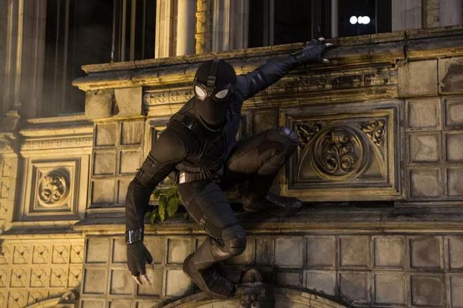 stealth suit spider-man far from home